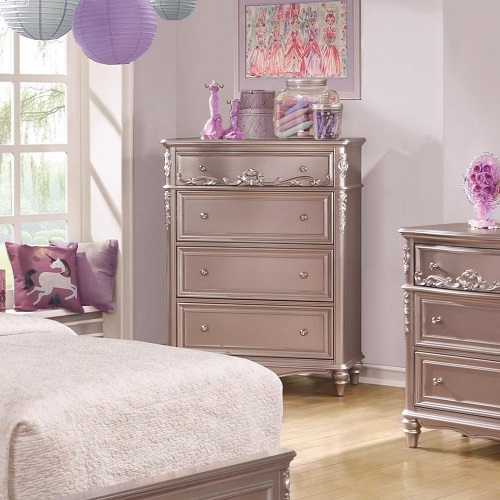 009CH 4 Drawer Chest in Metallic Lilac