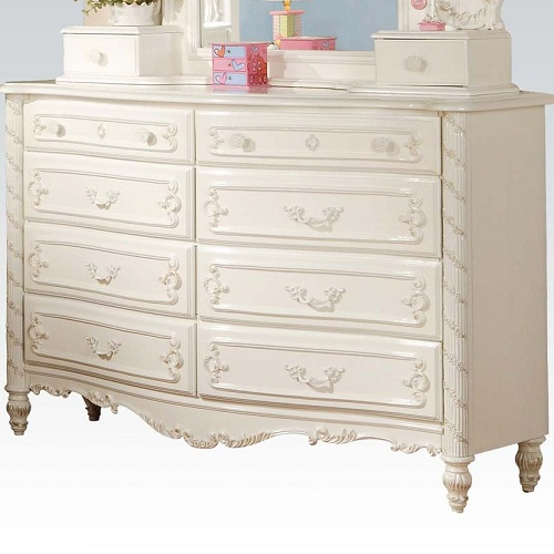 138DR Dresser w/ 8 Drawers