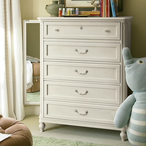 Item # 131CH Drawer Chest