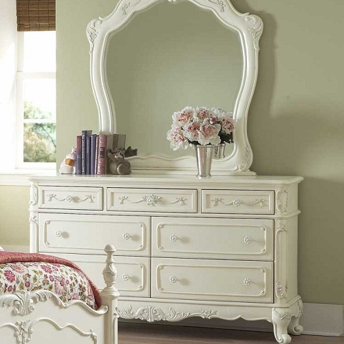 045DR 7 Drawer Antique Style Dresser