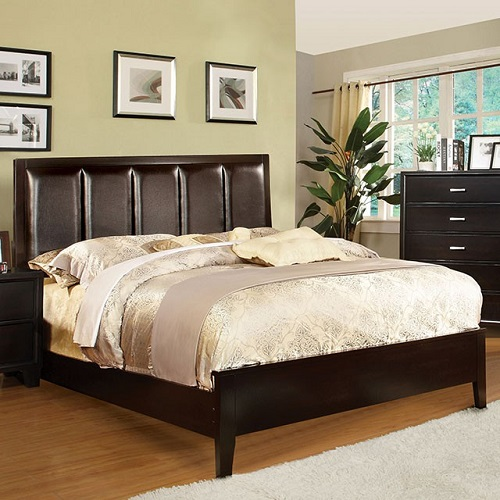 Item # 032Q Tufted Leatherette Queen Bed