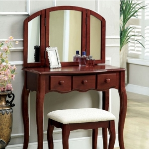 031V Vanity Set - Queen Anne Style Legs<br><br>Padded Stool Included<br><Br>3-Sided Mirror & Drawers<br><Br>