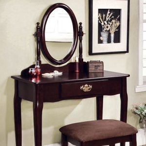 033V Vanity Set - Oval mirror and Queen Anne style legs give this vanity mirror a regal feel. <br><Br>The stool included has padded seat<br><Br>