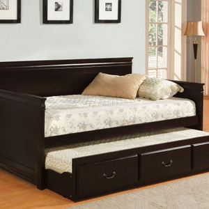 067DB Daybed W/ Twin Trundle in Espresso - <b>Twin Trundle Included</b><br><br>English Style<br><Br>Sold Wood<Br><br>Platform Bed<br><br>Slat Kit Included<br><br>