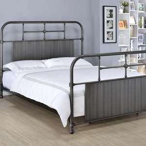 1058FMB Antique Style Full Metal Bed - Finish: Antique Black<br><br>Available in Queen Size<br><br>Dimensions: 80 x 58 x 52