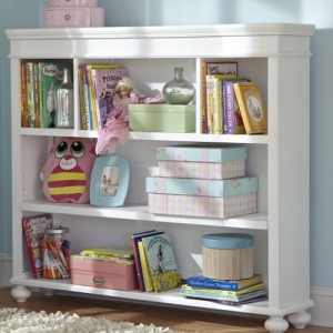 022BC+HC Bookcase/Hutch - 3 Storage areas<br><br>1 fixed shelf<br><br>1 adjustable shelf<Br><br>Wire access<br><br>