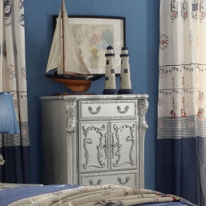 309CH Diana Collection Antique 4 Drawer Chest - Finish: Silver<br><br>Available in Antique White<br><br>Dimensions: 36