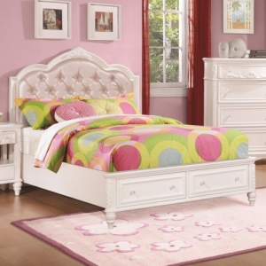 025FB Full Size Storage Bed w/ Diamond Tufted Headboard - *Available in twin* <br><br>Decorative details including an upholstered tufted headboard w/ rhinestone buttons.<br><br> Available with or without storage <br><br>