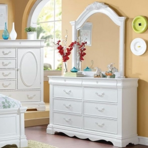 Item # 086DR Antique Style 6 Drawer Dresser - Finish: White<br><br>Mirror Sold Separately<br><br>Dimensions: 56