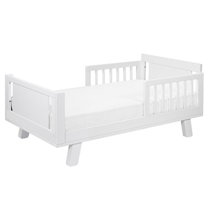 CB006 Junior Bed Conversion Kit in White - Finish: White <br><br>Available in White, Washed Natural, Espresso & White/Washed Natural<br><br>Made in Taiwan<br><br>Assembly Weight: 70.4 lbs<br><br>Dimensions: 53.5
