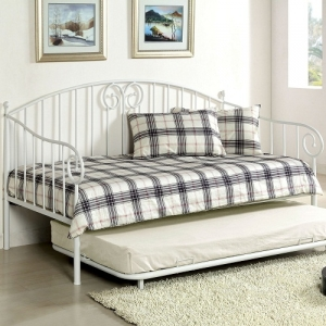 Item # 015MDB Metal Daybed in White - Transitional Style<br><br>Metal Daybed<br><br>Link Spring Included<br><br>