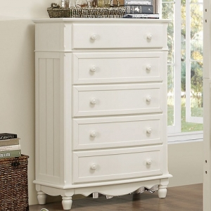 089CH White Chest - Ball bearing side glides <br><br>Dovetailed Drawer<br><br>