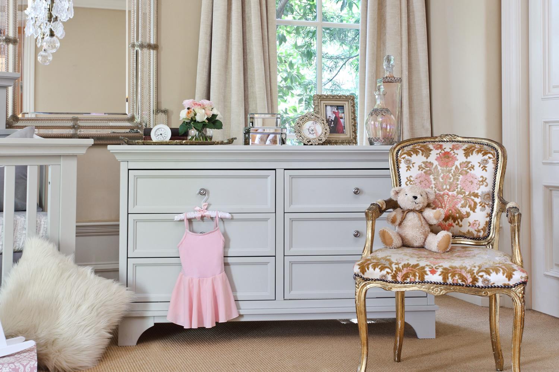 0501 Dove White 6-Drawer Double Dresser