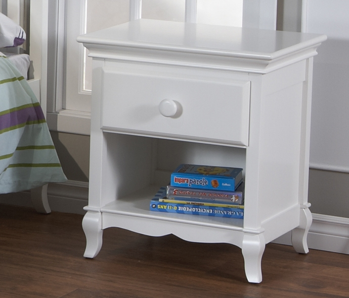 0632 Scalloped Nightstand