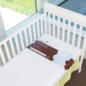 1000 Lightweight Organic Cotton Classic Crib Mattress