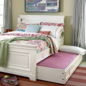 0046TR Trundle - Fits under any bed<br><br>Wheels on bottom allow for easy pull-out<br><br>Fits standard sized twin mattress<br><br>Can be used as storage with two removable sliding storage trays included<br><br>