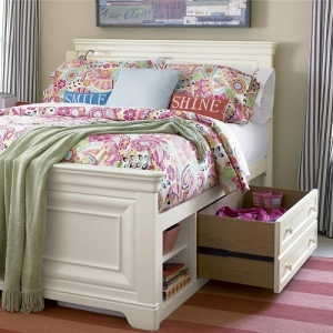 017S Storage Unit - Integrates into any bed<br><br>Usable on left or right side<br><br>One large drawer with removable divider<br><br>One adjustable shelf in each open area<br><br>One Storage Unit and one rail shipped per order <br><br>