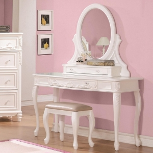 Item # 004V Vanity Desk with Cabriole Legs - *Mirror sold separately*<br><br>Decorated with leaf motifs, cabriole legs and clear rosette knobs.<br><br> <b>Dimensions:</b> Width: 47.5 x Depth: 19.25 x Height: 30